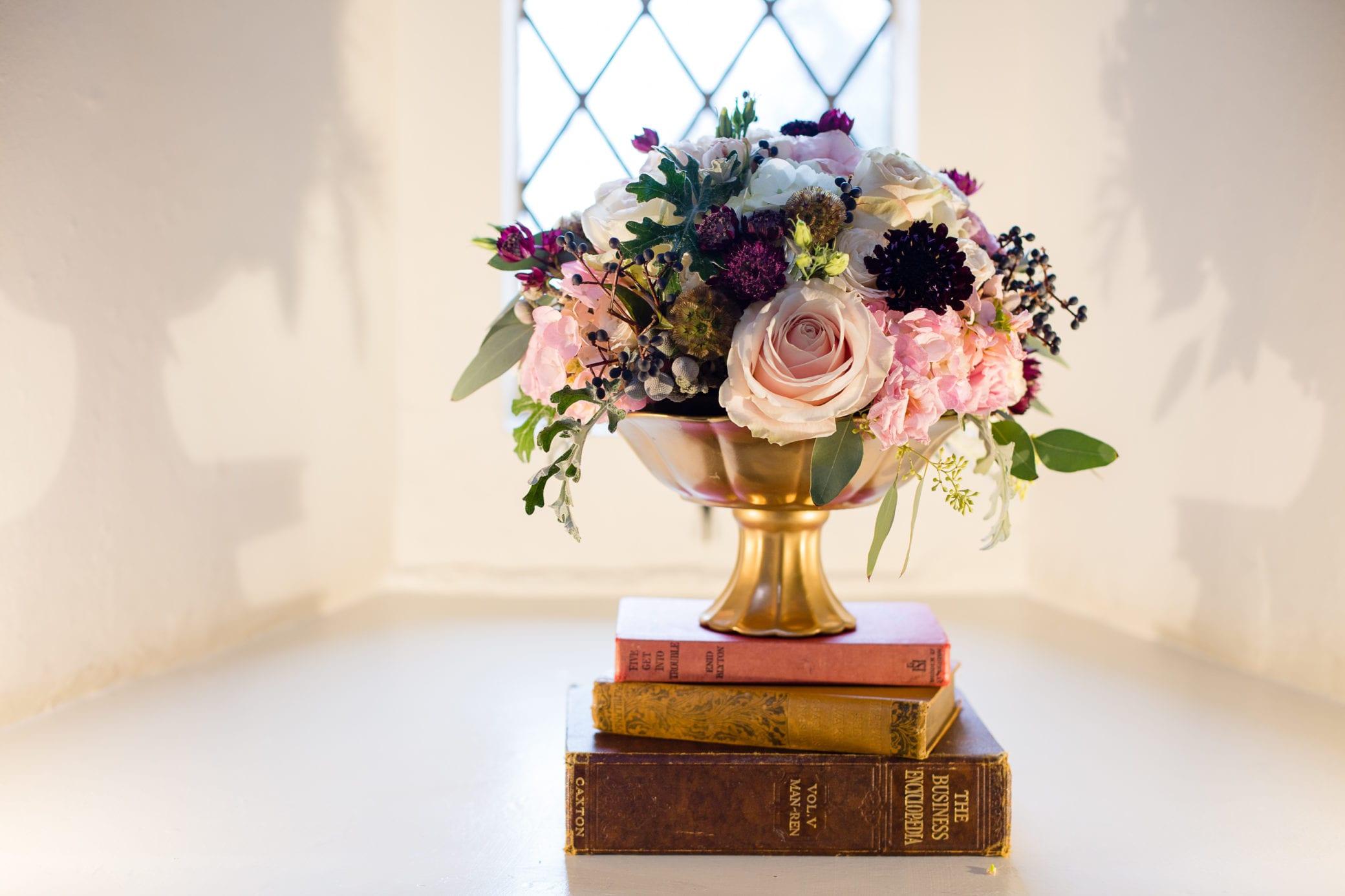 Stunning wedding flowers for a Castle wedding