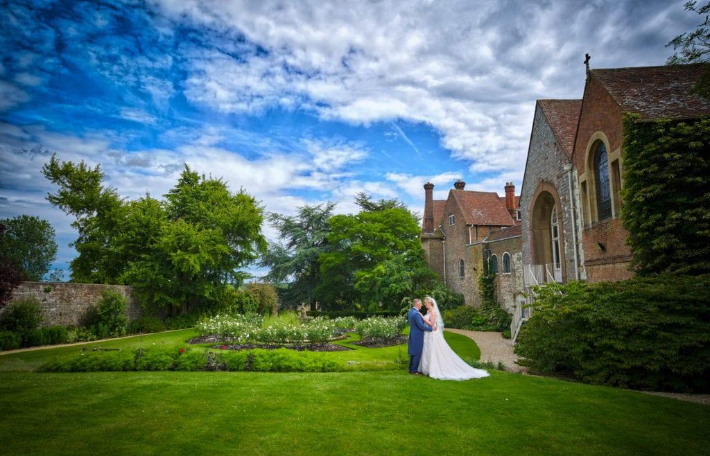 Country garden wedding venue in Surrey